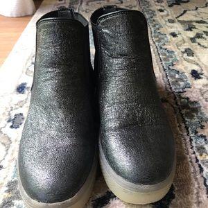 Sam Edelman black high top sneakers worn once!!